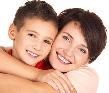 Dr Foncea Cosmetic Dentist Make My Teeth Look