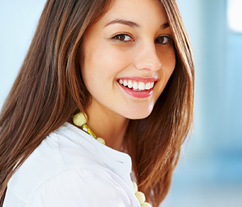 Teeth Whitening in Knoxville
