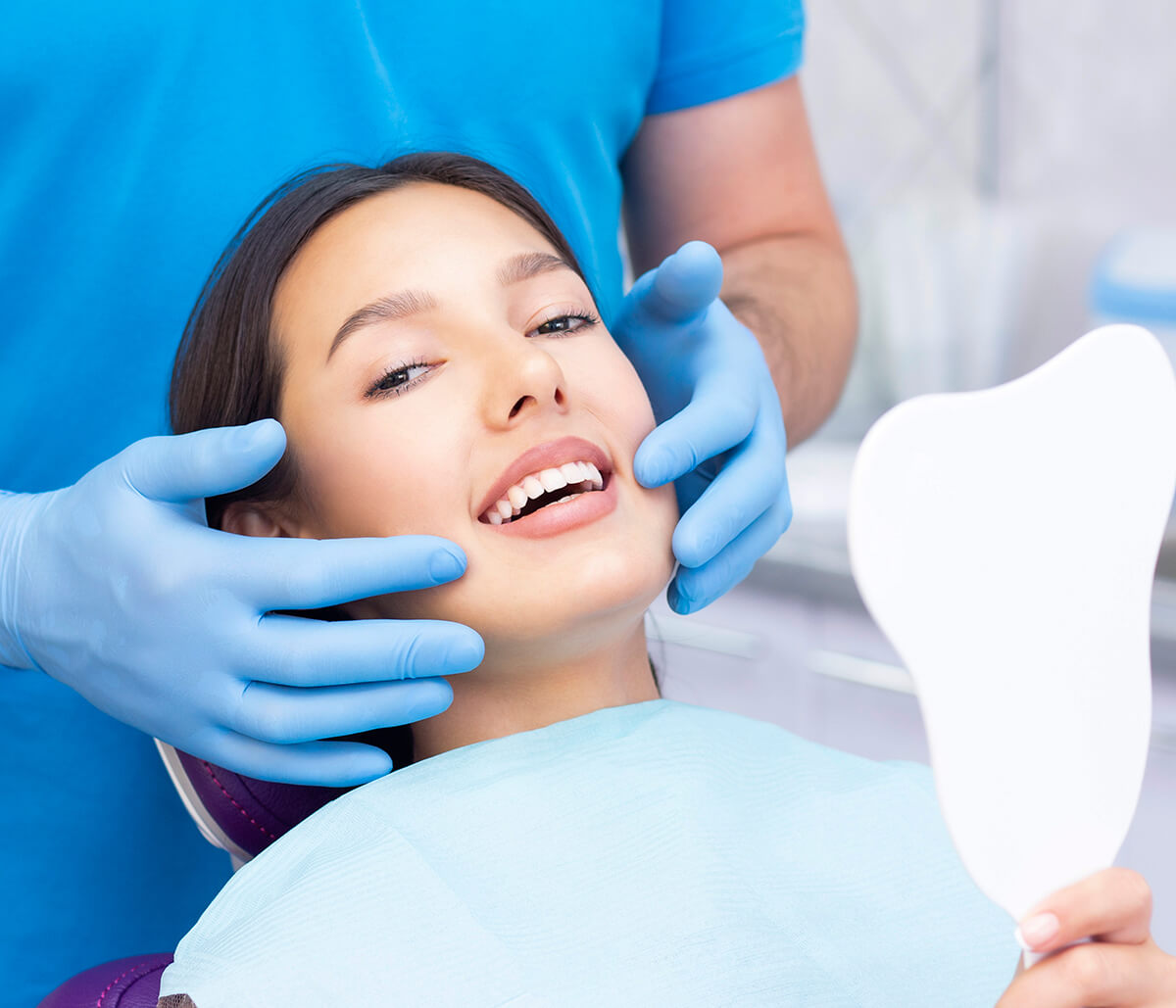 Cosmetic dental office in Knoxville, TN offers care and attention for beautiful smiles!